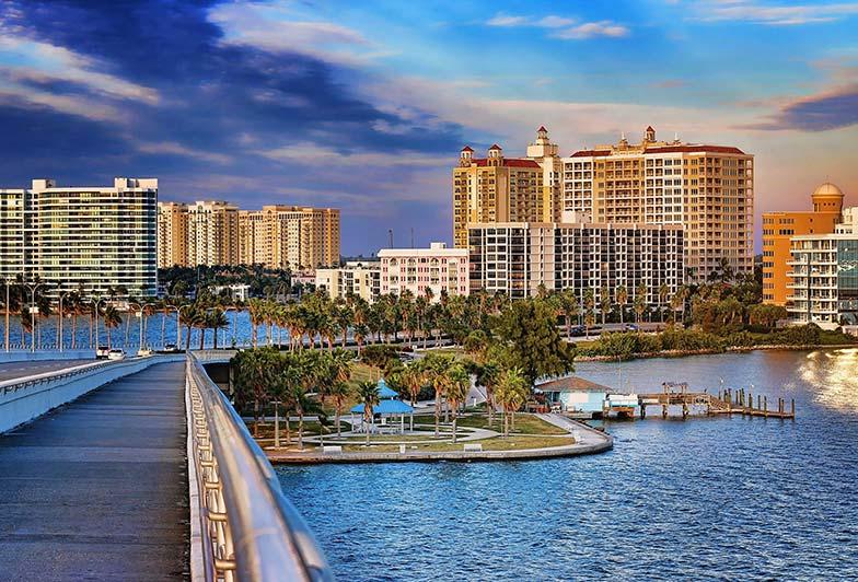 London Bay Homes – Sarasota