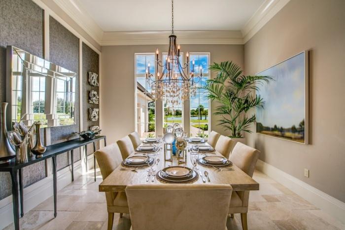 Isabella-Grande_TFC_Lot24_Dining-Room_TFC.com_-700x466.jpg