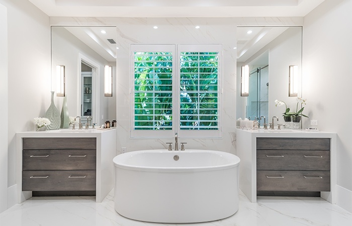 Watlington_41 5th Street_Master Bath.jpg