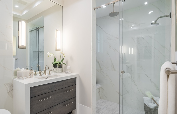 Watlington_41 5th Street_Master Bath2.jpg
