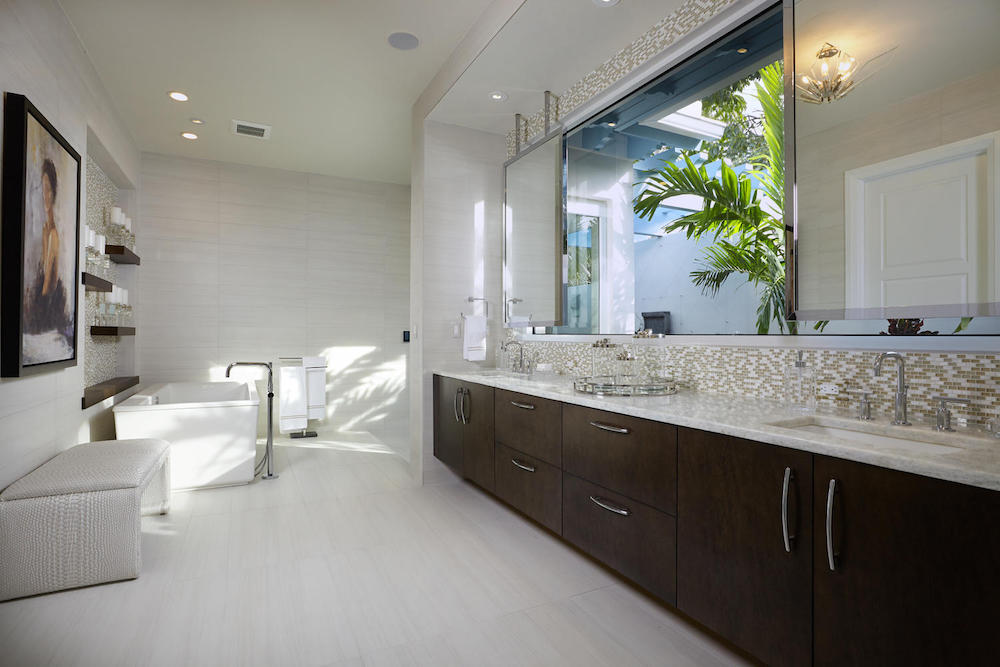 Chelston_ON_17_Master Bath 1.jpg