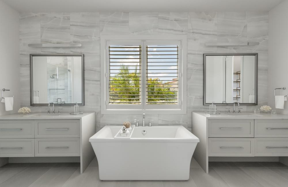 Martinique_MED_LUC39_Master Bathroom