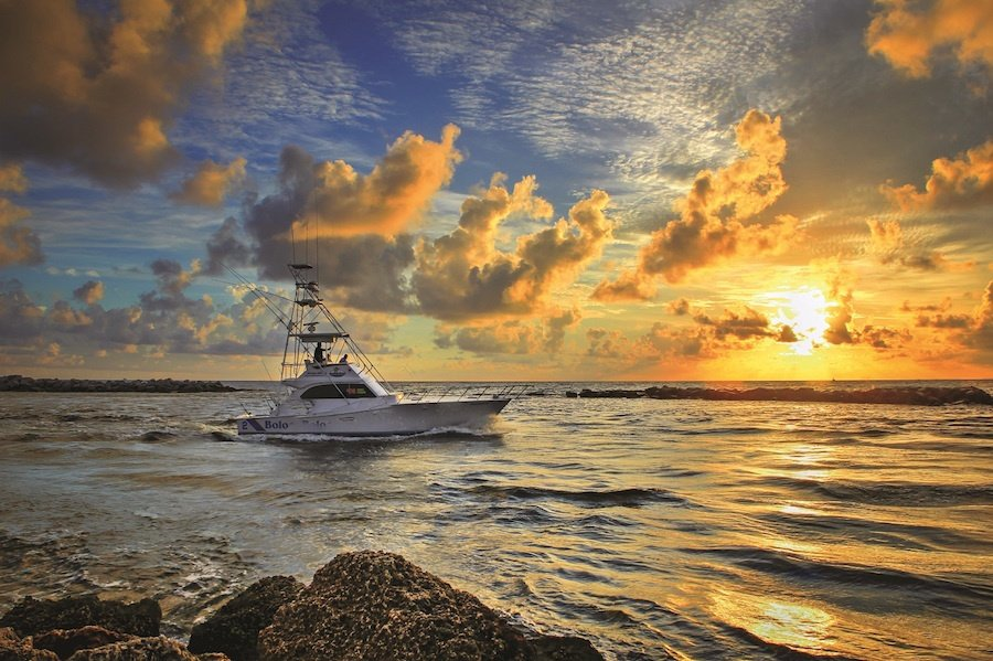 A252-Boat-Going-Fishing-During-Sunrise-at-the-Pompano-Inlet-Florida-Original 900